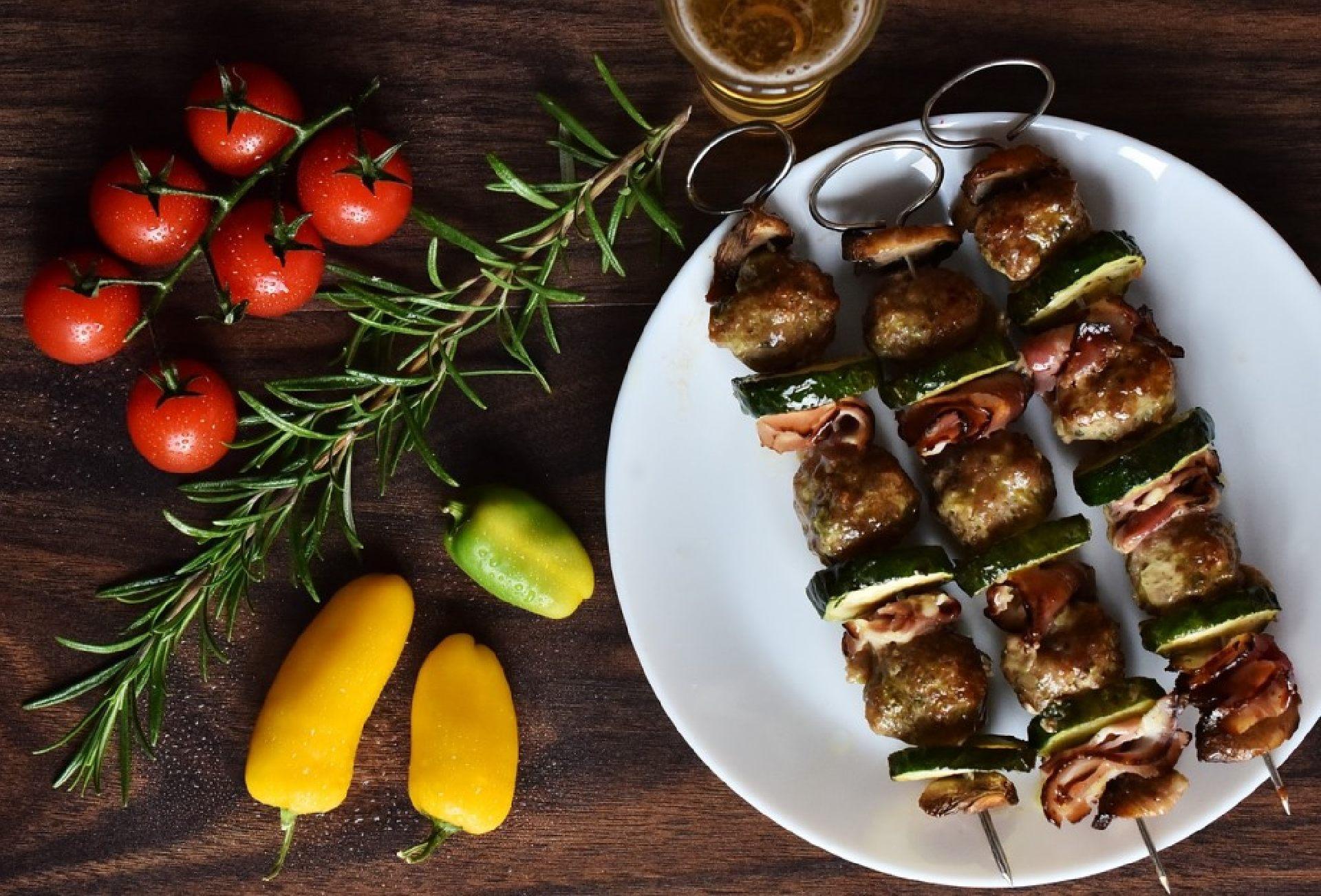Imbiss New Asia mit leckeren asiatischen traditionellen Essen und Lieferservice in Stuttgart.
